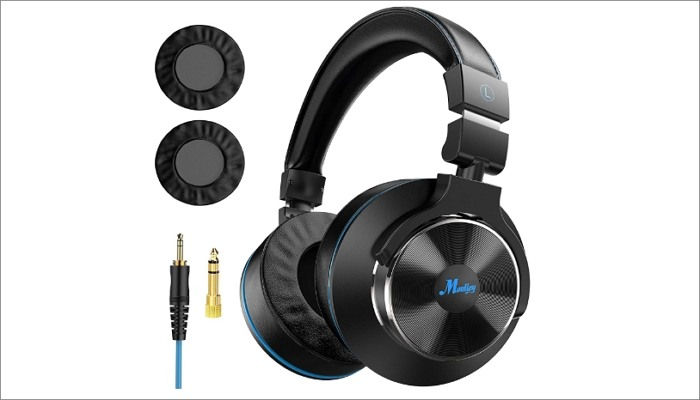 Moukey Wired Over-Ear DJ Stereo Monitor Headphones